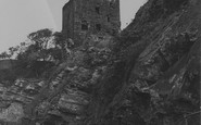 Photo of Kirkcaldy, Ravenscraig Castle 1950