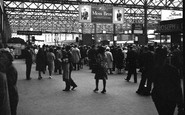 London, Charing Cross Station 1964