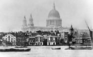 London, St Paul's Cathedral c.1860