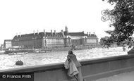 London, the County Hall c1955