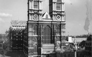 London, Westminster Abbey, west front c1955