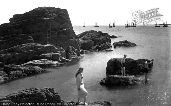 Looe, Diving Rock 1920