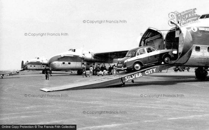 Lydd, Aircraft Loading, Ferryfield Airport c.1960