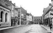 Malmesbury, High Street 1924