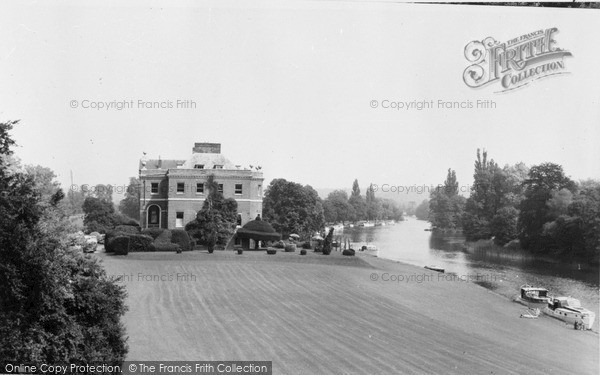 Marlow The Thames And Harleyford Manor Francis Frith