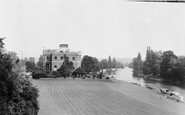 Marlow, The Thames And Harleyford Manor c.1960