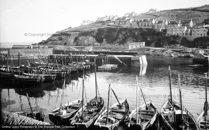 Mevagissey, The Harbour 1936