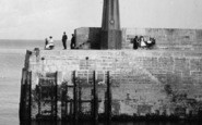 Mevagissey, The Lighthouse 1920