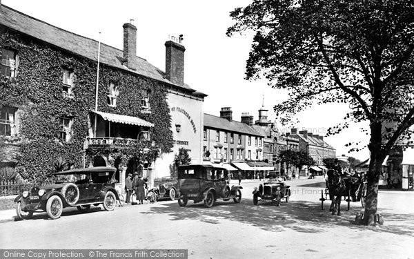 Minehead, Wellington Square 1923