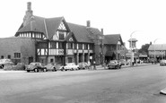 Moreton, Coach And Horses c.1965