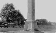 Photo of Newmarket, War Memorial 1922