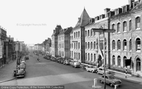 Northampton, Abington Street And Notre Dame High School c.1955