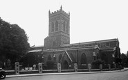 Northampton, St Giles Parish Church c.1955