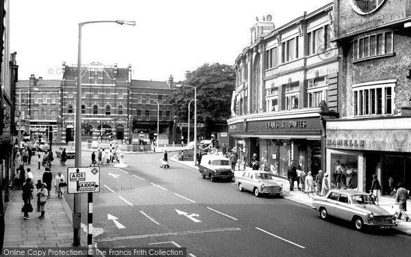 Palmers Green The Triangle Green Lanes C 1965 Francis
