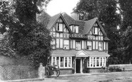 Pangbourne, 'old George' Hotel 1899