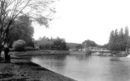 Pangbourne photo