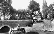 Pangbourne, The Bridge And The Old George 1899