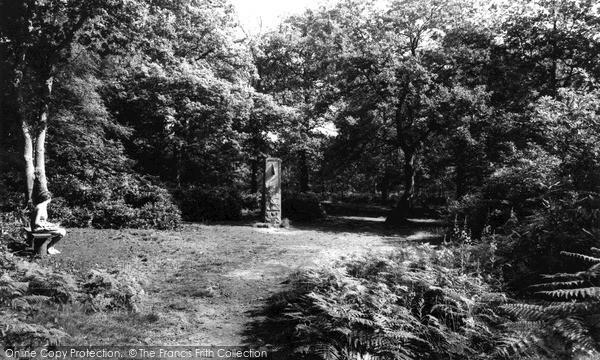 Petts Wood, Willett Woods, The Willett Memorial c.1960