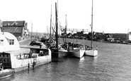 Poole, The Harbour c.1950