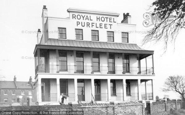 Royal Hotel Purfleet