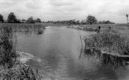 Rainham,Berwick Pond c.1960