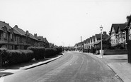 Rainham,Upminster Road c.1950