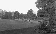 Reading, Forbury Gardens 1890