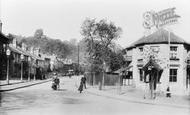 Redhill, Garlands 1906