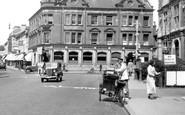 Redhill, Ice Cream Seller 1936