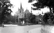 Redhill, Shaw's Corner 1924