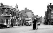 Rochester, the Red Lion, Star Hill Corner c1955