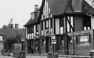 Ruislip, The George Hotel, Bury Street c.1960