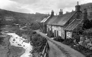 Sandsend, The Village 1925