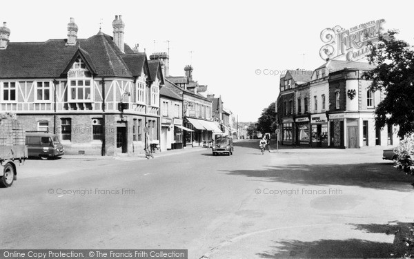 Photo of Sandy, High Street c.1960