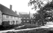 Selborne, the Village Centre 1928