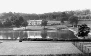 Sheffield, Crookes Valley Park c1955