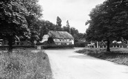 Sherfield-On-Loddon, Bramley Road and the Four Horseshoes c1955