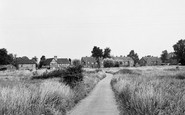 Sherfield-On-Loddon, the Green c1955