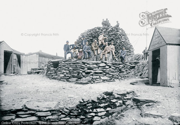 Snowdon, The Summit, Hotels And Cairn 1892