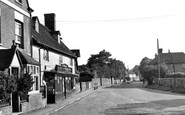 Sutton Courtenay, High Street c1955