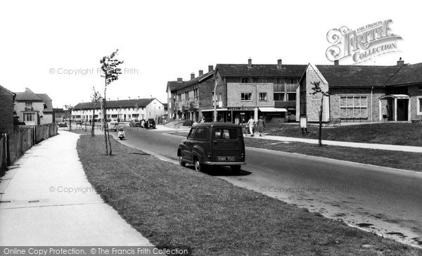 Swindon, Penhill Drive C.1960
