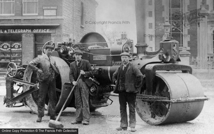 Swindon, Stratton, Steamroller In Ermin Street c.1910