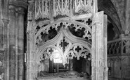Tewkesbury, Abbey, The Albert Wakeman Cenotaph c.1955