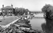 Tewkesbury, the River Avon from King John's Bridge c1965