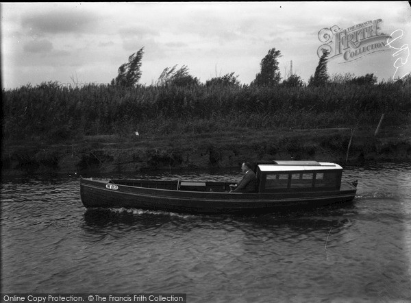 The Broads, Moya, Johnson's Boats c.1933