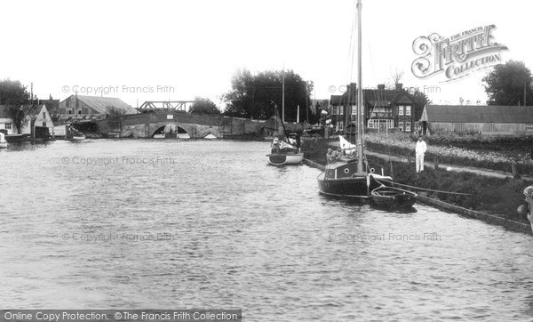 The Broads, River At Potter Heigham c.1940