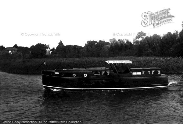 "The Broads, ""Silver Swallow"" c.1932"