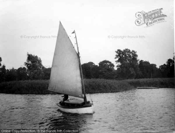 The Broads, The 'halcyon' c.1933