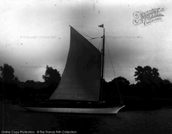 "The Broads, The ""Rambler"" c.1945"