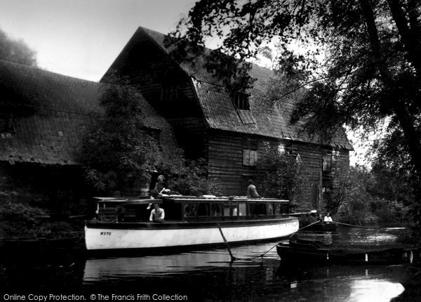 Photo of The Broads, the Staithe c1955